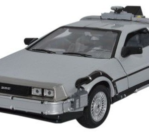 Maqueta Delorean